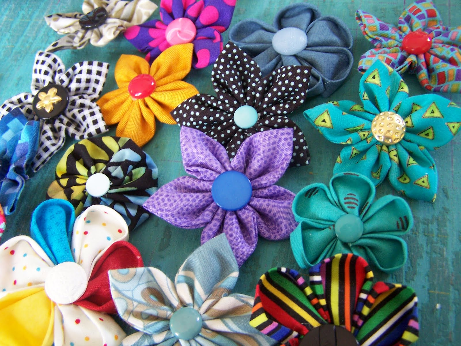 Mirza Simply Craft: BROOCH BUNGA KANZASHI