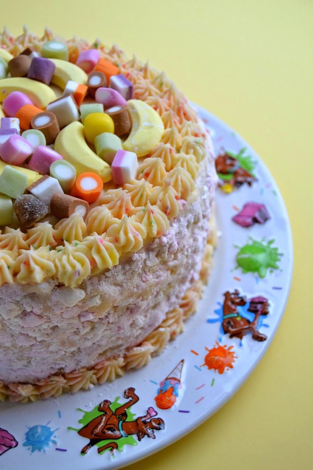 Cakeyboi clandestine cake club dundee may 2014 publicscrutiny Images