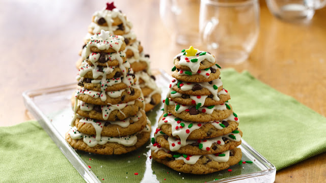 Festive Chocolate Chip Cookies