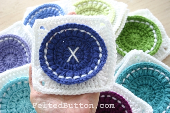 Felted Button - Colorful Crochet Patterns: ::Sharing is Nice::