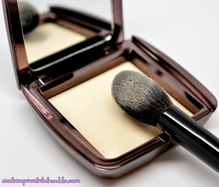 Attractive Hourglass Diffused Light Ambient Lighting Powder Idea