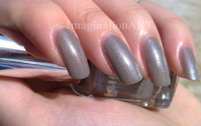 smalto_Infinite Taupe_kiko_350_collezione_light_impulse_nail_laquer_polish_swatch_swatches_review