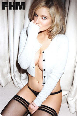 Helen Flanagan hot girl in FHM