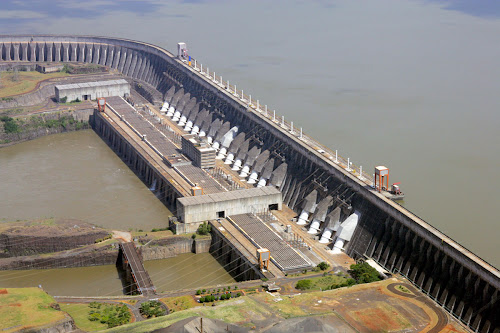 Usina Itaipu - Brasil-Paraguai