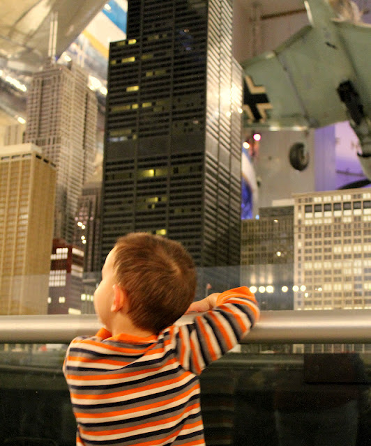 Chicago Museum of Science and Industry.  Travel Writers' Guide: 50+ Best Science Museums Around the World