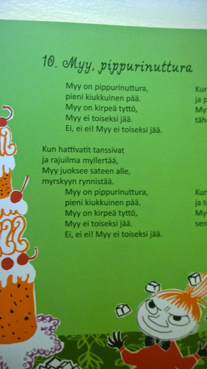 Muumimamman Käsilaukku Kirja : Teklan i uusi muumiperheen lauluretki kirja