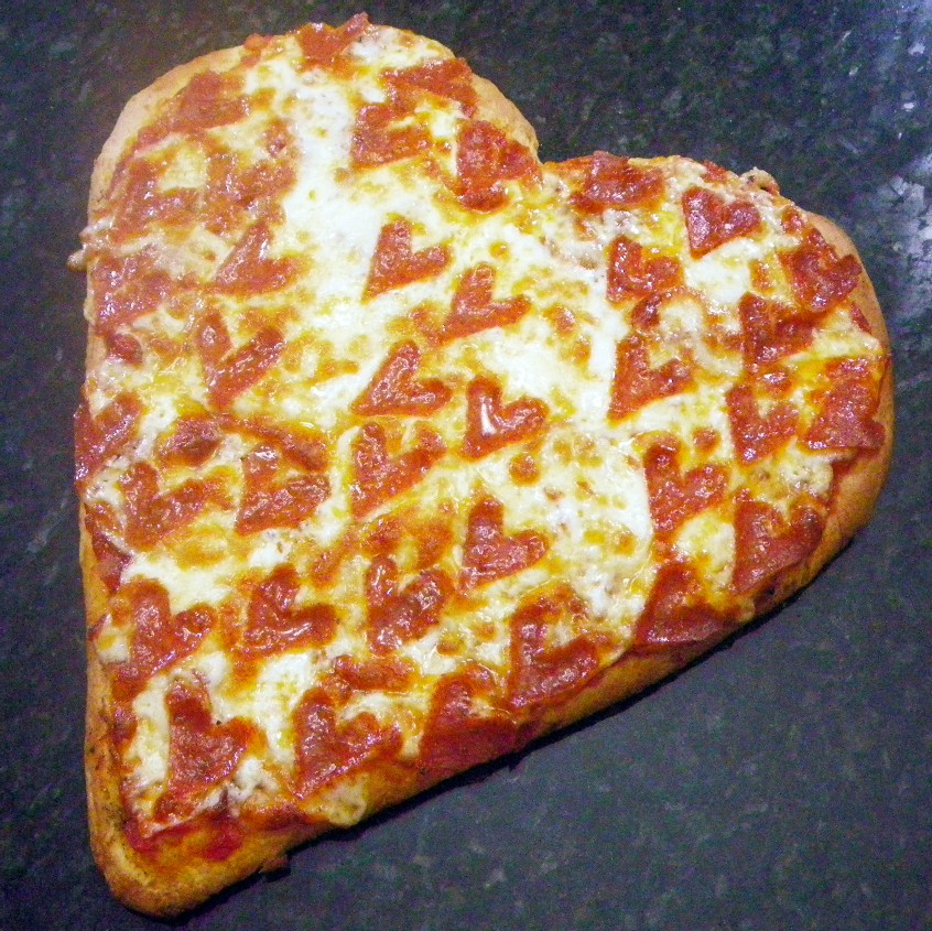year on the grill: i heart pepperoni pizza - happy valentine's day, Ideas