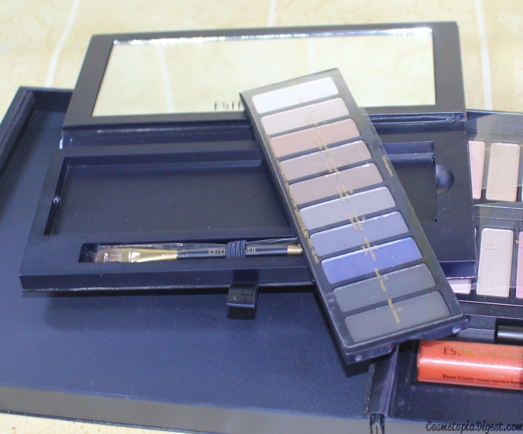 Review and swatches of the Estee Lauder Colour Portfolio Ultimate Makeup Kit for Holiday 2015.