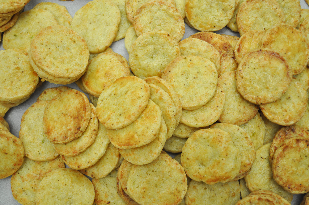 ... Jalapeno cheese crackers. These are easy to make slice and bake