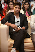 Allu Arjun Stylish Photos-thumbnail-17