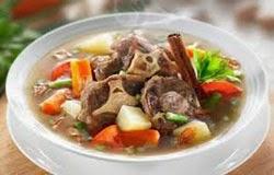 Resep praktis dan mudah membuat masakan sop buntut sapi kuah