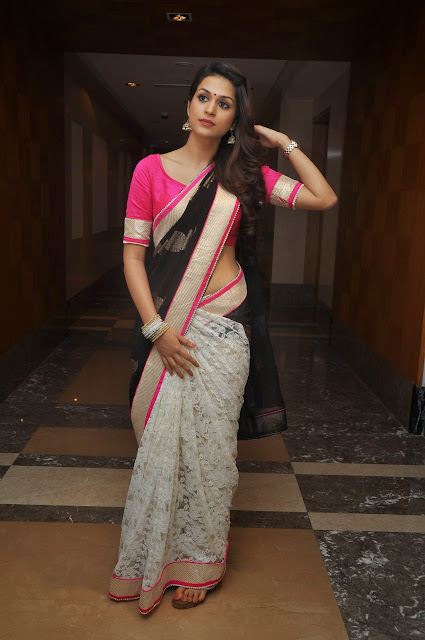 Shraddha Das in White Black Saree and Lovely Pink Blouse at a Fashion Show