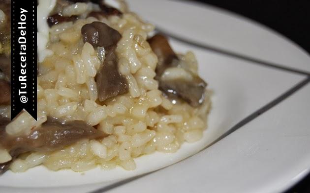 Risotto de setas con queso parmesano - Recetas de cocina italiana