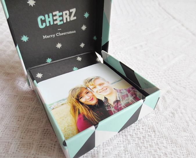 Cheerz box photos magnets
