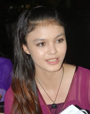 Kumpulan Foto Cantik Nadya Almira