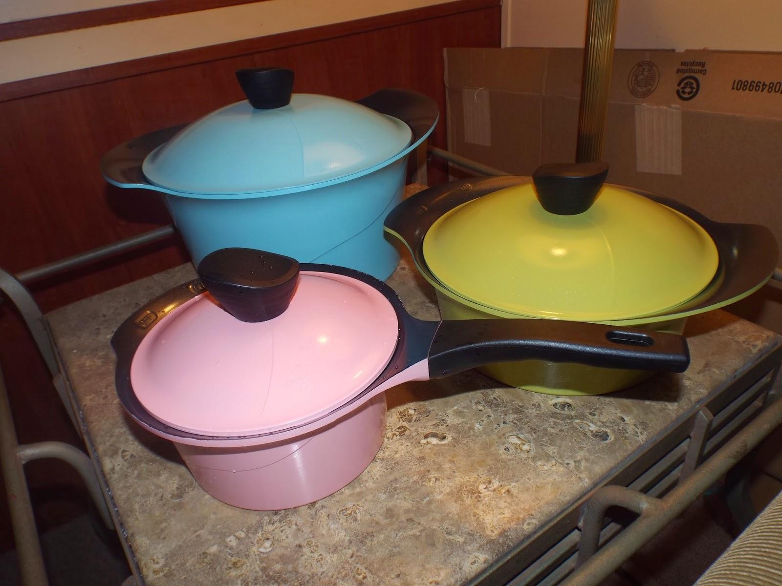 Vremi Retro Styled Pots