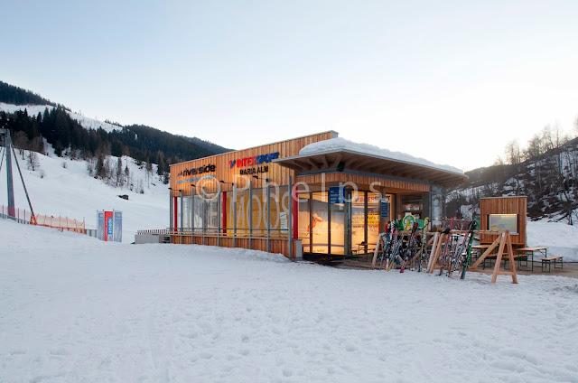 Skizenturm Bergbahn Hintermoos - Architekt Hasenauer - Foto Andrew Phelps