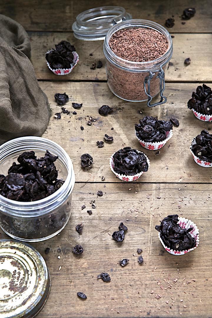 http://www.saveursvegetales.com/2014/12/roses-des-sables-au-chocolat-noir.html