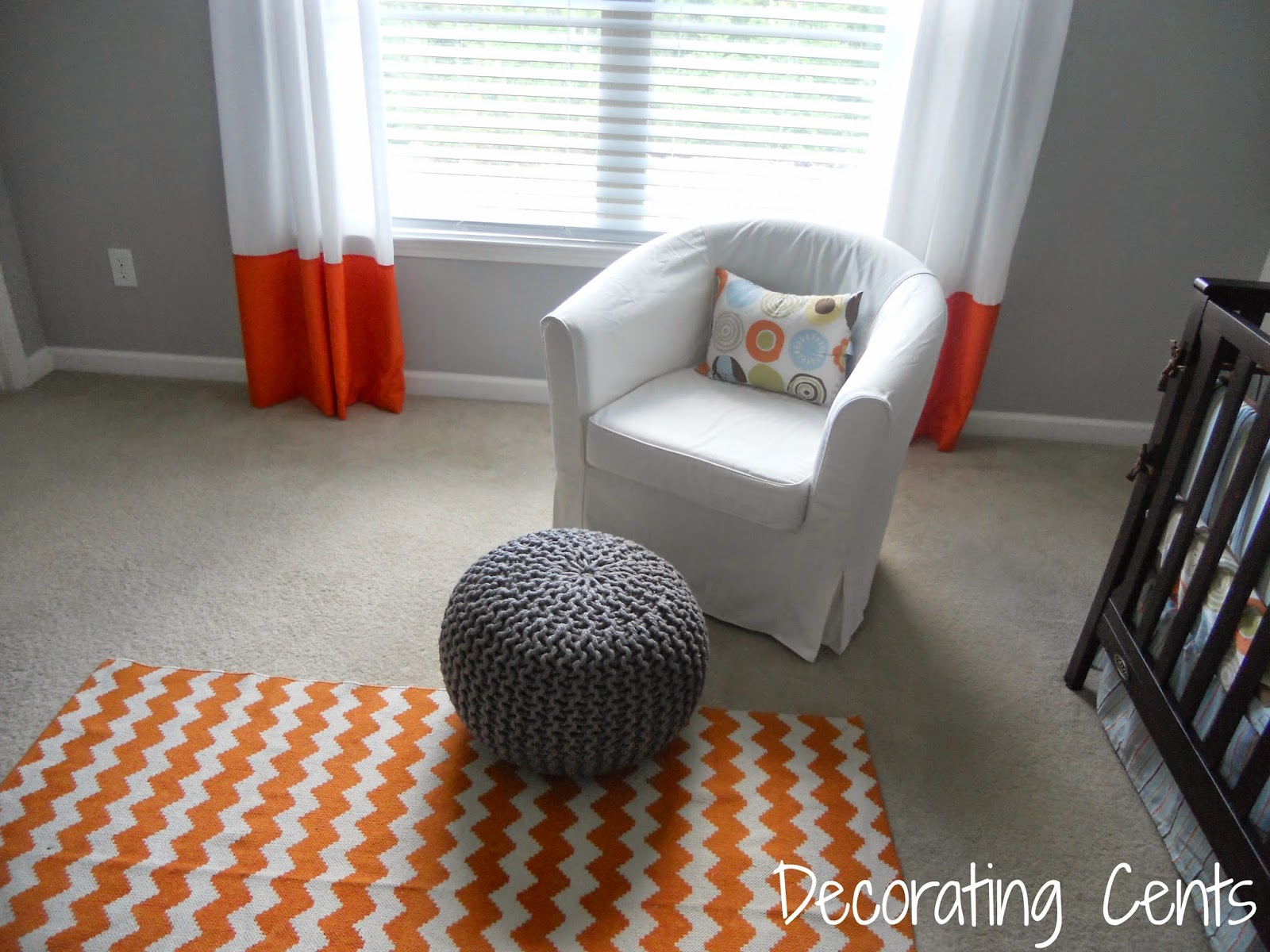 Decorating cents layering rugs on carpet for Can you put an area rug on carpet