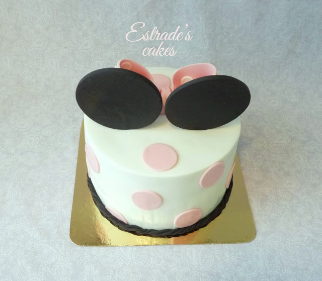 tarta Minnie Mousse 6