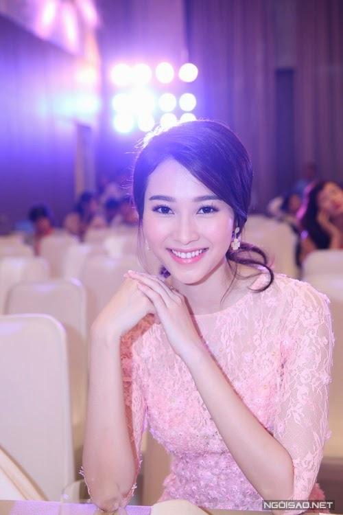 Hoa hậu Đặng Thu Thảo xinh quá