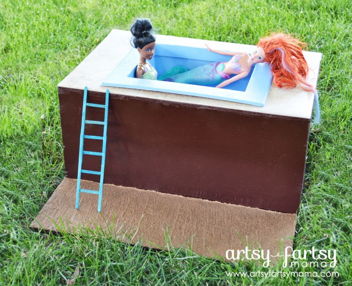 DIY Toy Pool at artsyfartsymama.com