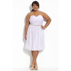 vestido branco tomara que caia para gordas