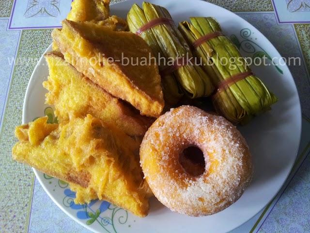 Roti Goreng, Donut Dan Kelupis