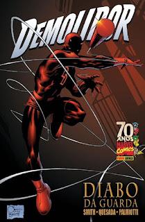 Capa do encadernado da saga de histórias em quadrinhos Demolidor - Diabo da Guarda (Panini)