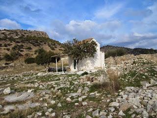 Ξεκίνησε η συλλογή υπογραφών για τη διάσωση της εκκλησίας του Αγ. Γεωργίου στο Γκίνανι Σαλαμίνας