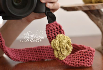 free crochet pattern camera strap