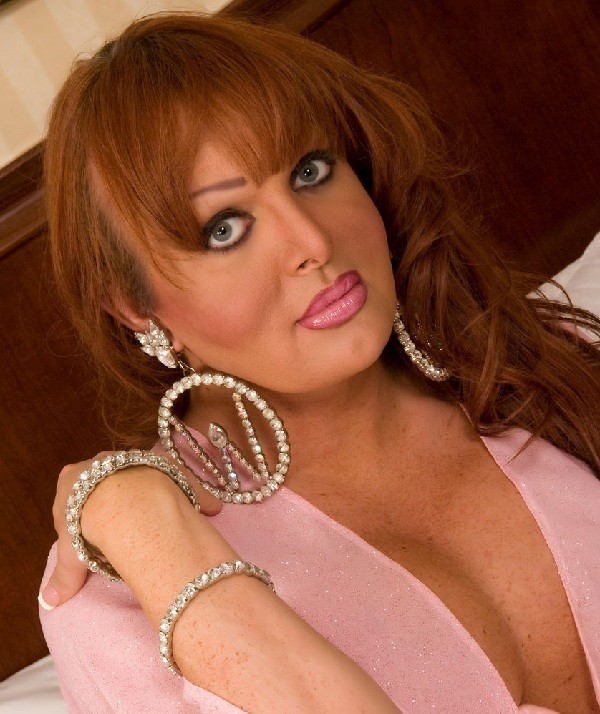 The most-awarded transsexual adult performer. Know more: