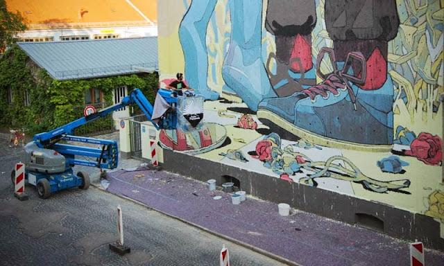 Street Art By Spanish Artist Aryz For Positive Propaganda In Munich, Germany. 5