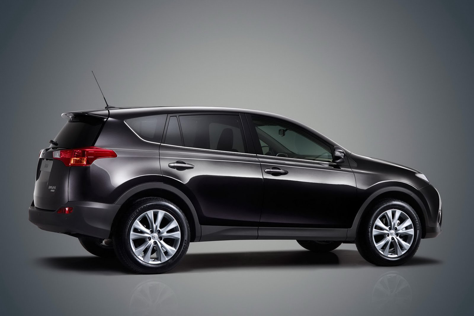 The Fourth Generation Toyota Rav4 Exclusives Cars 2013