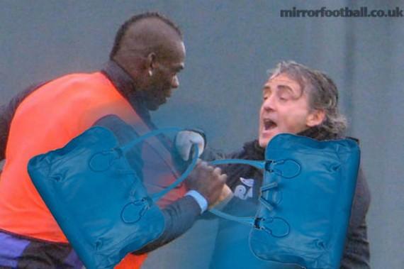 Guerra de bolsos entre Mancini y Balotelli