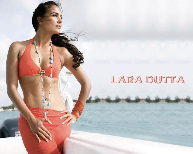 Lara Dutta hot chick