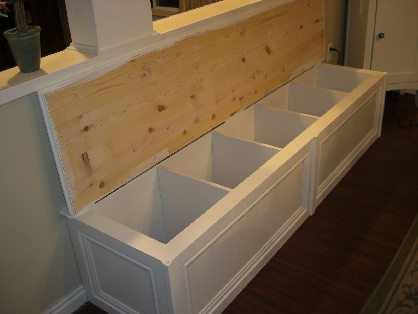 The house of normandy turning a bookcase into a banquette - Banquette en bois ikea ...