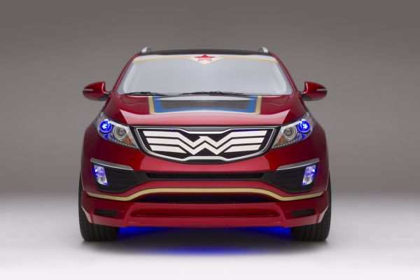001-wonder-woman-kia-sportage.jpg