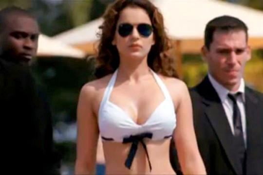 http://1.bp.blogspot.com/-nqc5-cnOlxM/TnzdNHrDUcI/AAAAAAAAKfU/GptFmHpG6DQ/s1600/Kangana-in-Bikini-540x360.jpg