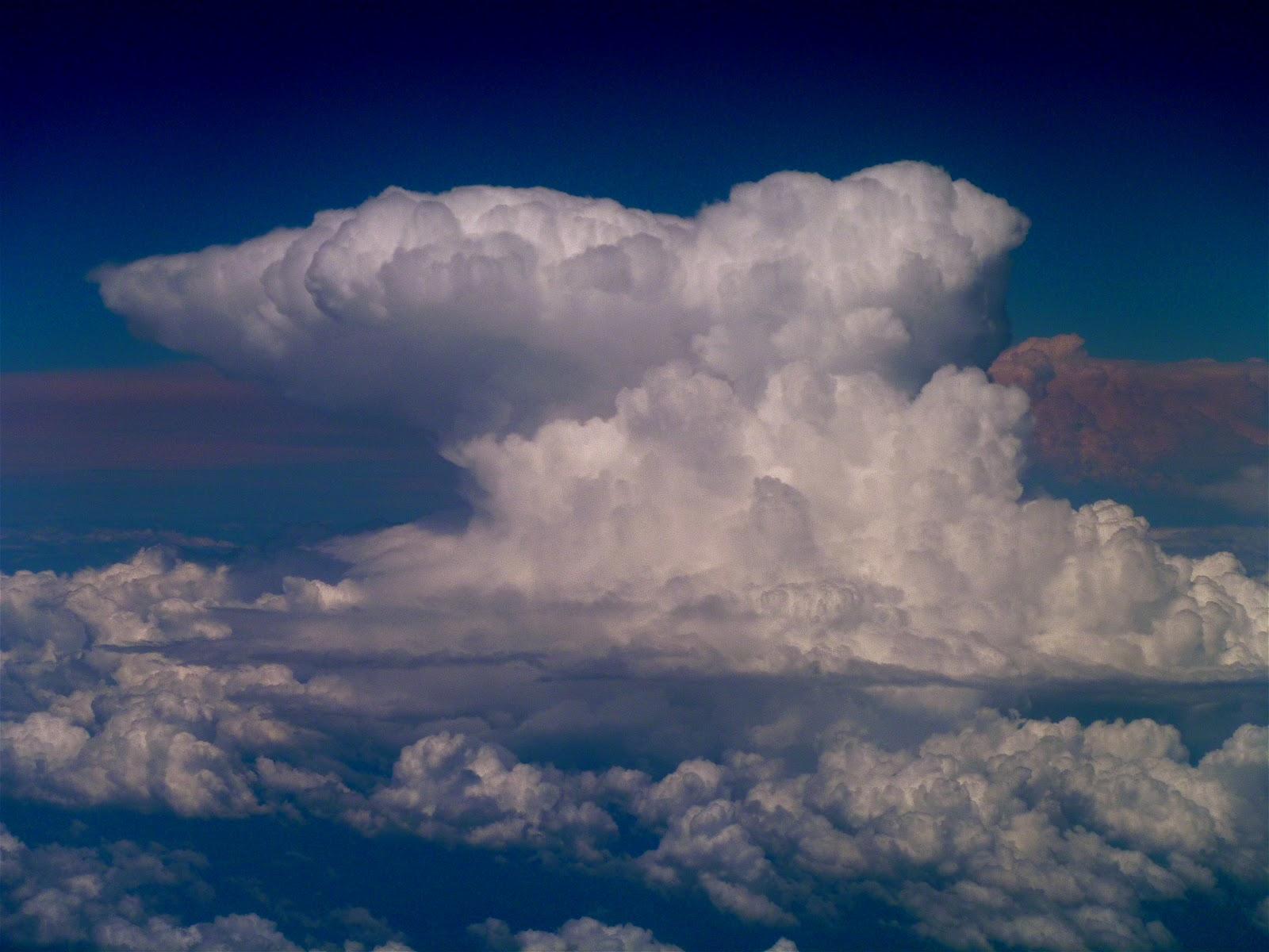 Cumulonimbus incus clouds, or in other words, a Cumulonimbus cloud ...