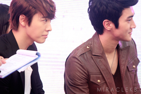 PICTURES] 150212 Siwon  Donghae 12PLUS Press Conference  ♥ minyOO
