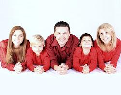 Tips Gaya Foto Keluarga