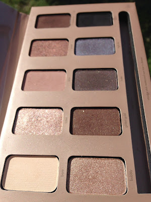 Stila Cosmetics 'In The Light' palette www.modenmakeup.com
