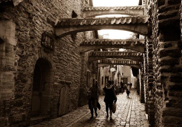Tallinn_street_1