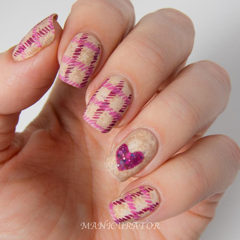 Nailtini_Lacquer_Cabinet_Zoya_Valentine_Tweed_Freehand_Heart_Nail_Art