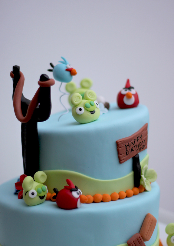 Finns Angry Birds Birthday Cake The Couture Cakery