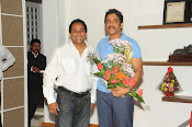 Nagarjuna Birthday Celebrations Photos Stills-thumbnail-8
