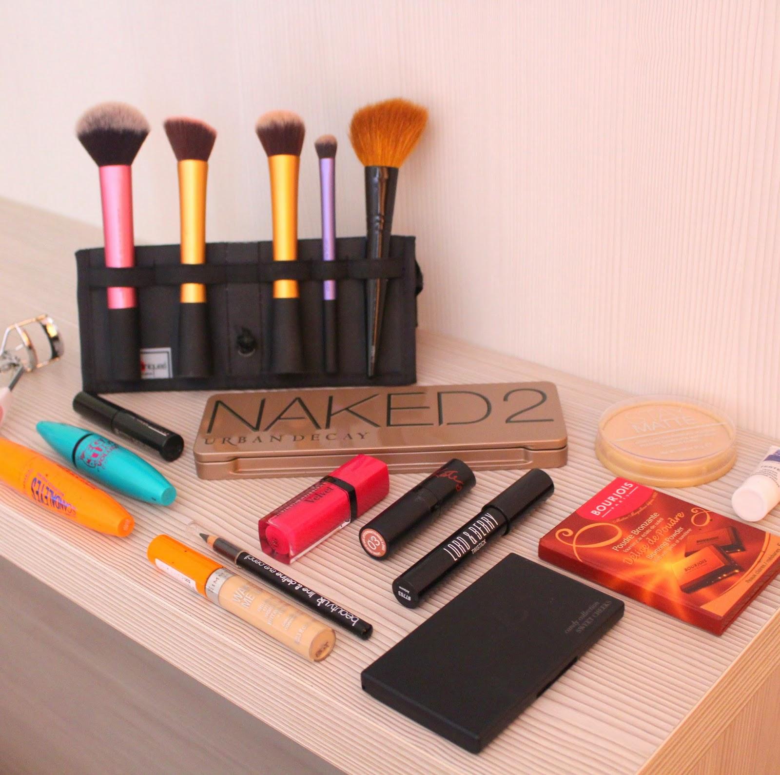 Summer Travel Makeup: Bold Lips