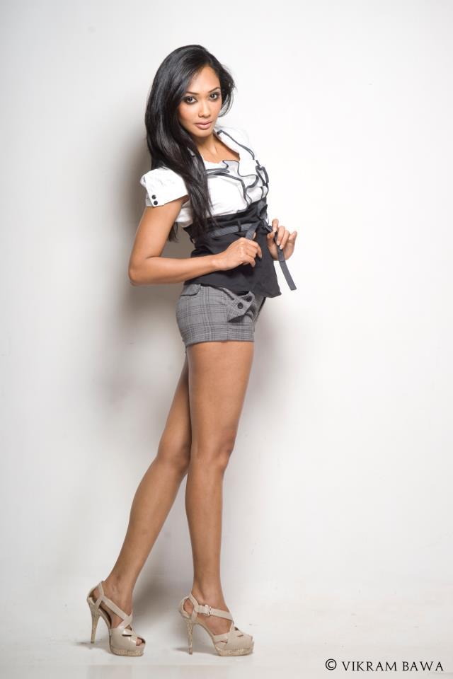 Actress Yure... Gossip Lanka Hot News