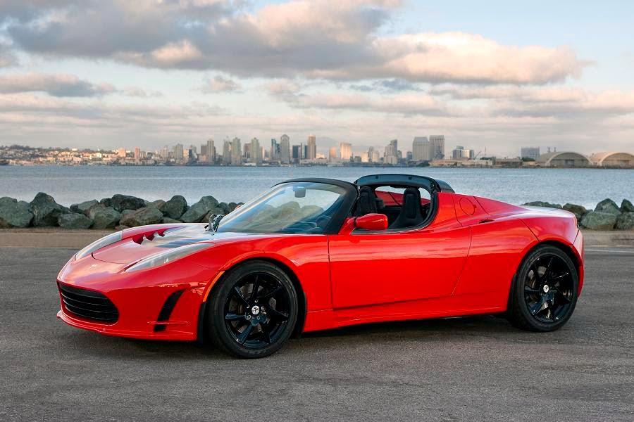 Tesla Roadster (2011) Front Side